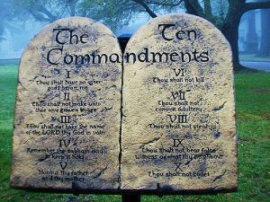 img0121commandments